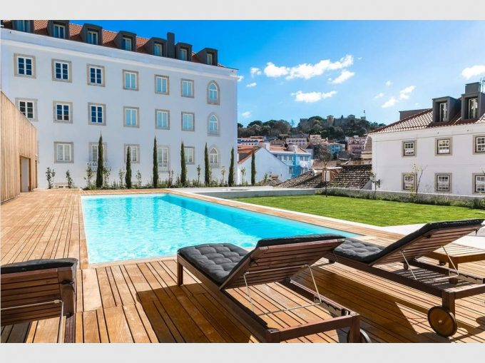 T1 Private Condo in Historic Centre w/Garage - Lisboa, São Vicente